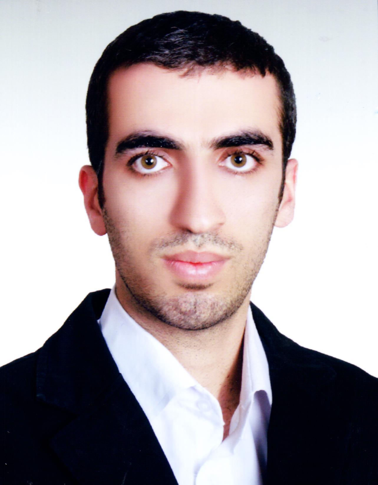 شاهین احمدی